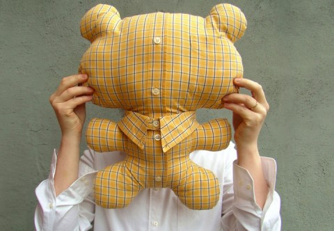 http://mixingreality.com/2011/05/mrs-jermyn-will-reuse-your-shirt-to-make-mr-tedi/